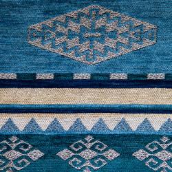 Kumaşçı Home - Kilim Desenli Döşemelik Kumaş Beran 1100 A